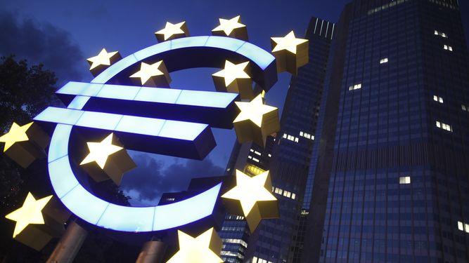 bce-europa-expansivas-proteccionismo-trump_971914269_117191136_667x375
